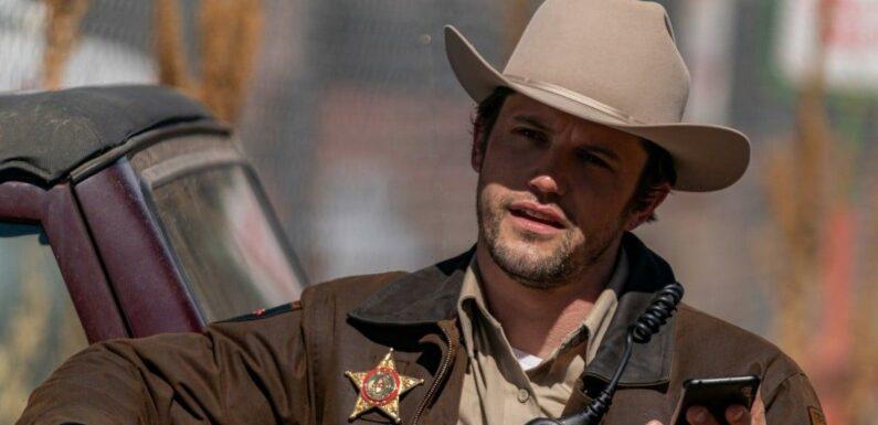 Roswell, New Mexico Season 3 Episode 10 Clip: Max Loses His Job