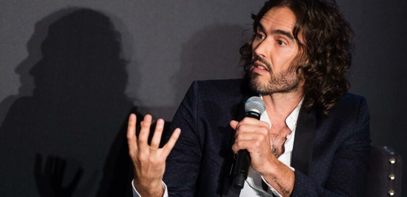 Russell Brand Fans Say He's 'Officially Lost His Mind' After Latest Right-Wing Conspiracy Videos