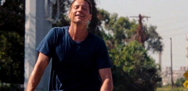 'Red Rocket' Trailer: Simon Rex Plays a Washed Up Porn Star