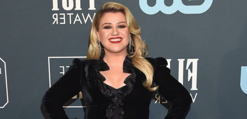 Blue Christmas! Kelly Clarkson Teases Another Breakup-Inspired Holiday Song