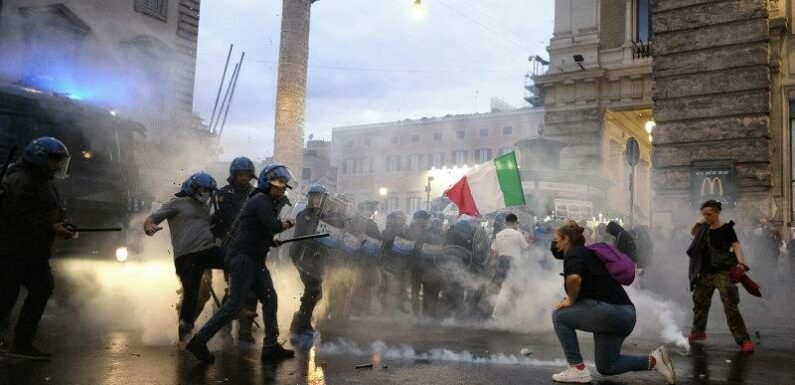 Calls rise in Italy to ban pro-fascism groups after vaccine rampage
