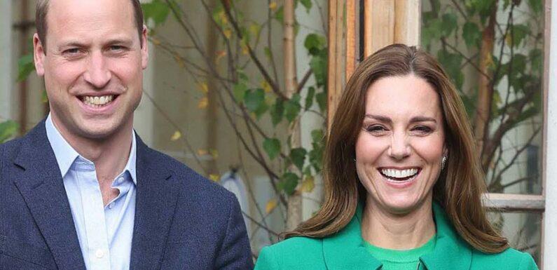 Kate Middleton is a royal dream in green Erdem coat at Kew Gardens