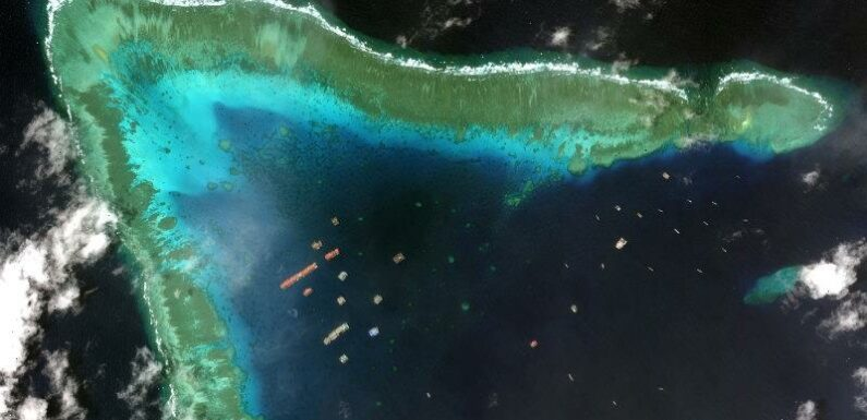 Philippine 'Angels of the Sea' use their voices to repel Chinese ships