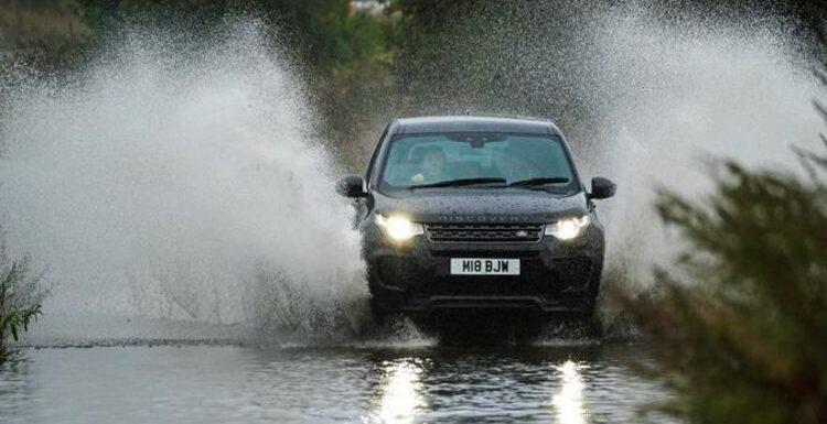 UK storm tracker LIVE: Met Office warnings as heavy rain to SWAMP Britain – flood fears